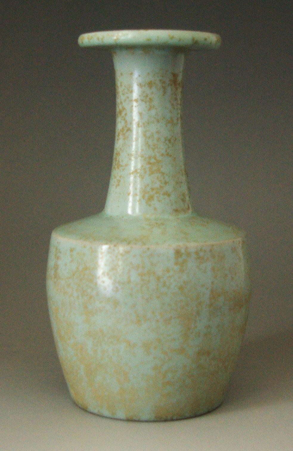青釉棒槌瓶