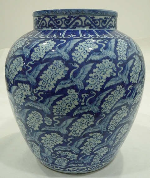 青花鹤纹罐