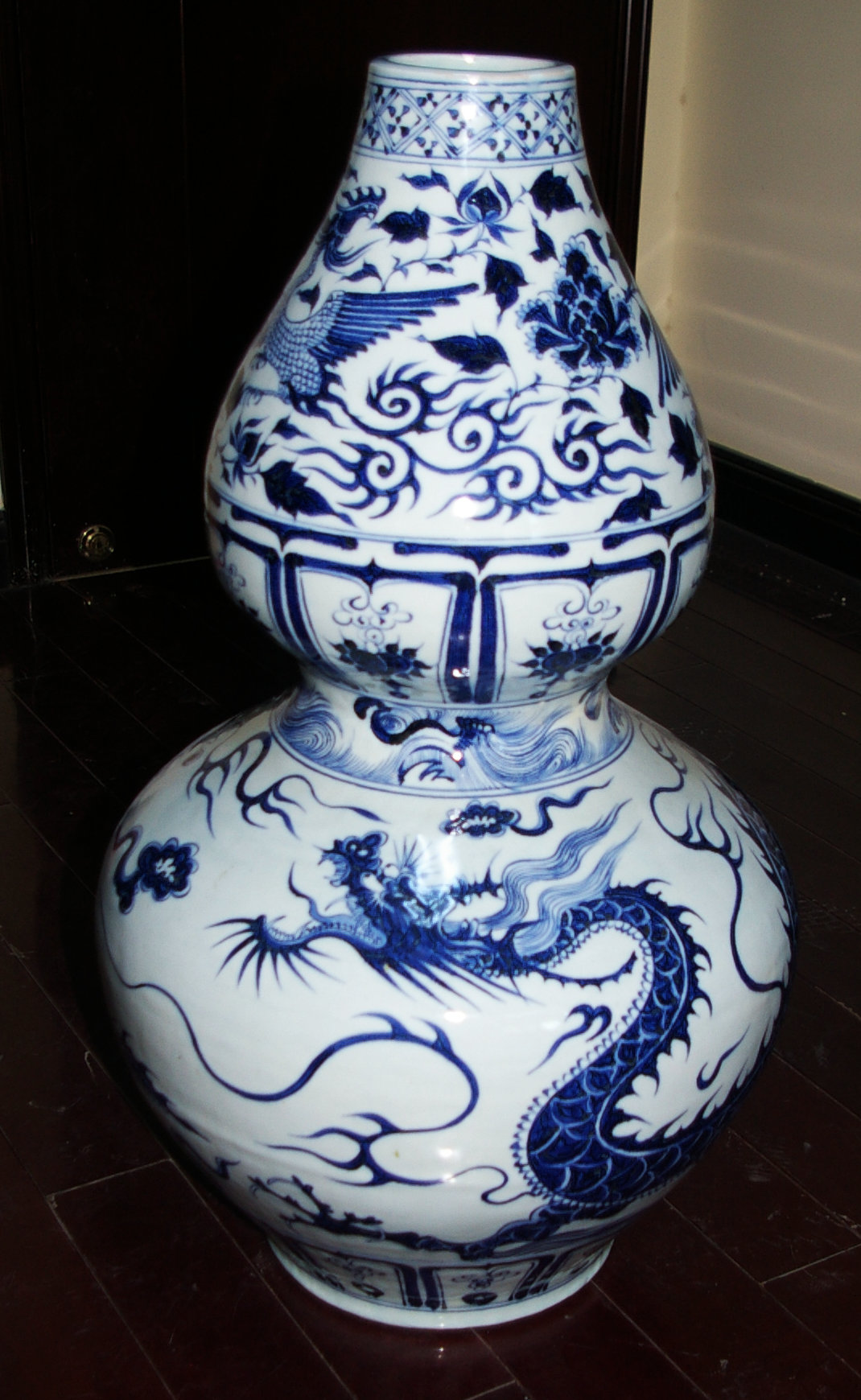 青花葫芦瓶